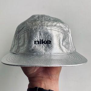 Nike Mars Landing hat